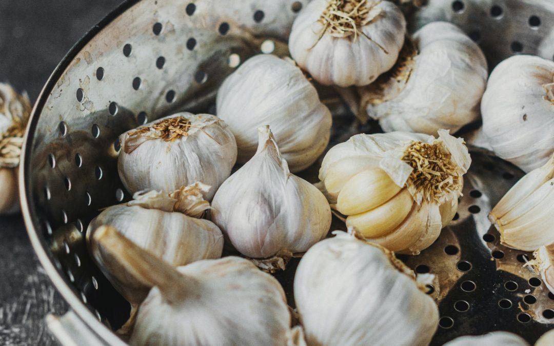 Piantare l'aglio per San Giovanni Apostolo (27 Dicembre)