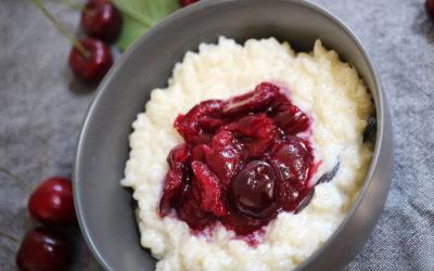 Budino di riso e ciliegie