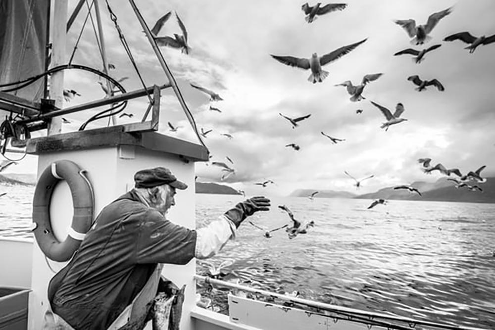 Al pascadór (Il Pescatore)